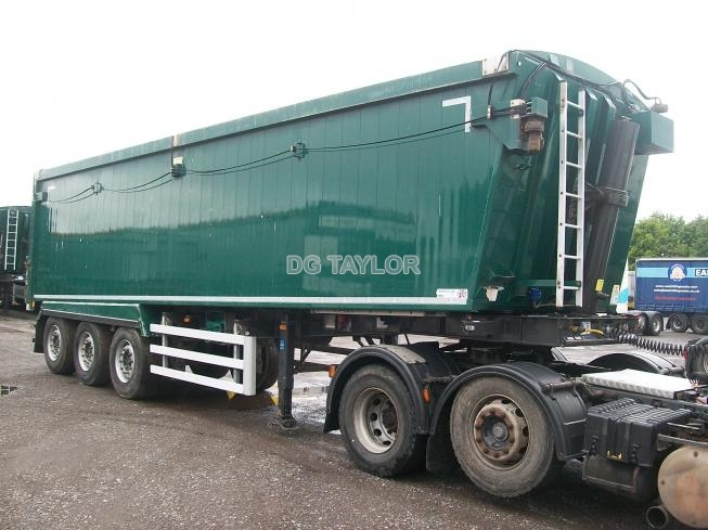 2016 WEIGHTLIFTER SLOPING TRI AXLE 68YD PLANK SIDED TIPPING TRAILER